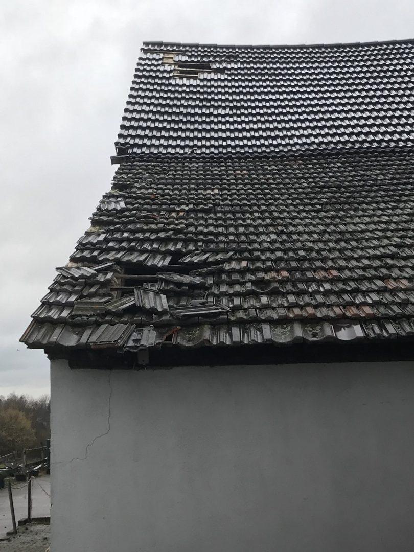Dachschäden und Reparaturen